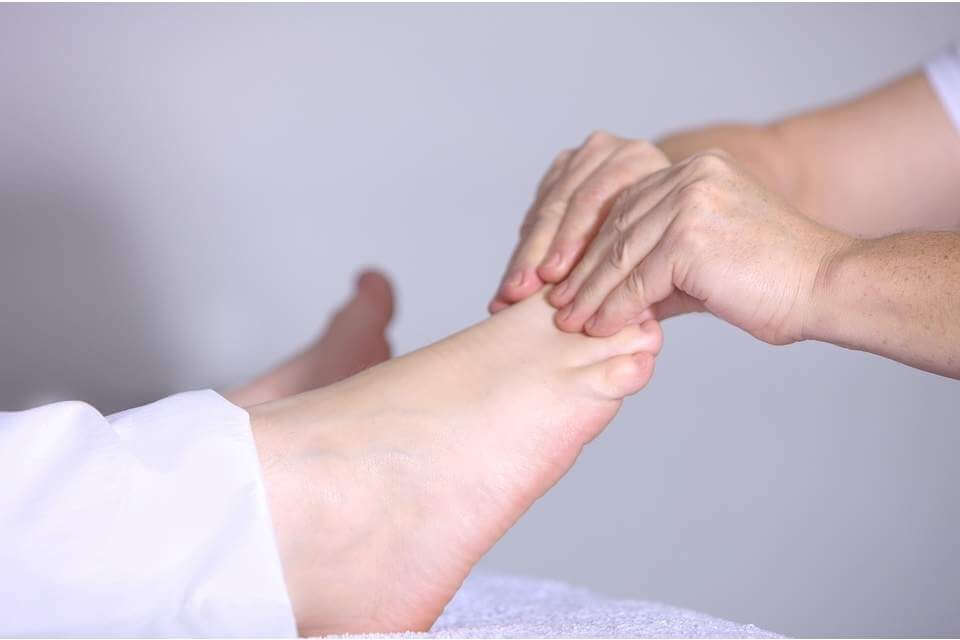 Cure With Therapy - Acupressure 1